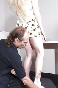 Pretty Beauty Blonde Gets Pounded And Butt Spanked