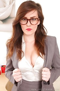 Incredible Glasses  Brunette In Black Nylons
